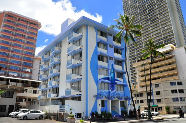 Waikiki_Holiday Surf Hotel_Exterior 03
