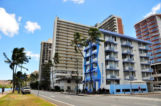 Waikiki_Holiday Surf Hotel_Exterior 01