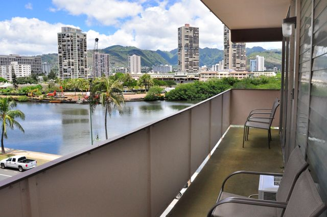 Waikiki_Holiday Surf  Suites_One Bedroom Apartment 11